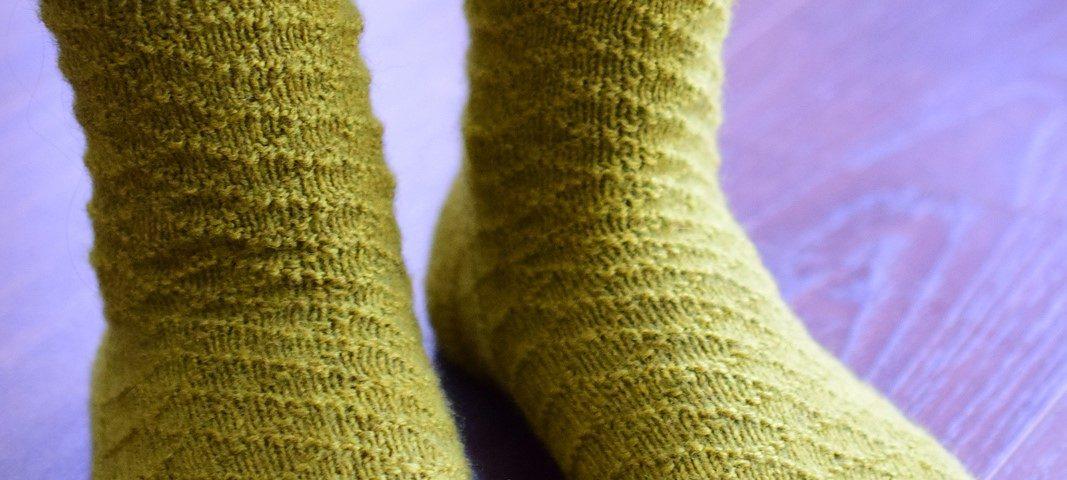 Mara socks by Zsuzsanna Orthodoxou